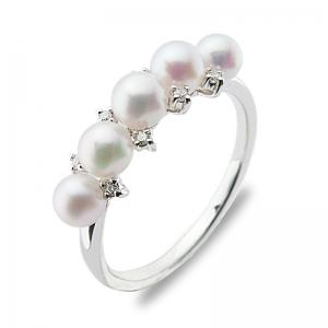3.5-4mm Akoya Pearl 18KW Diamond Ring